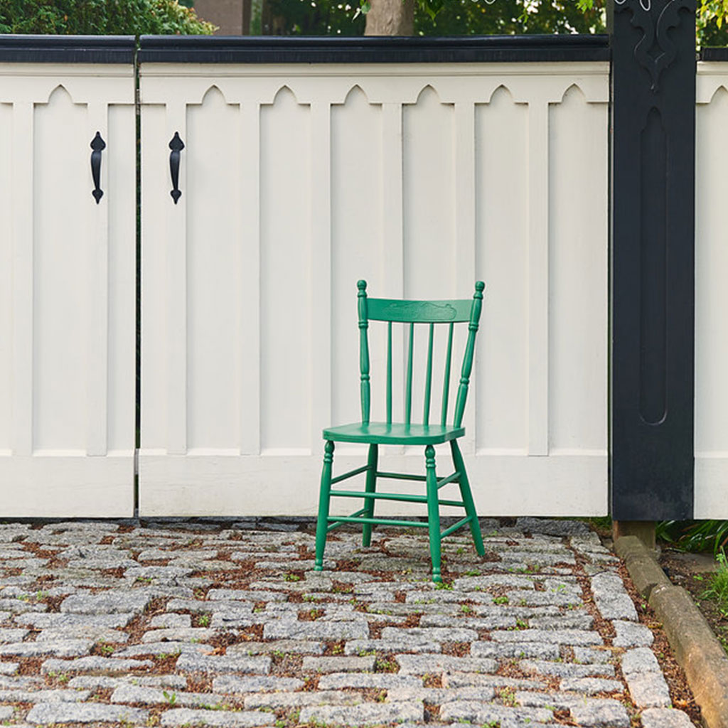 Color of the Month - Park Bench