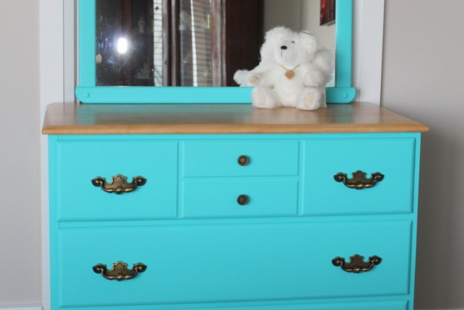Bedroom dresser painted in blue