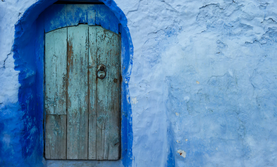 Shades of blue colored walls and door