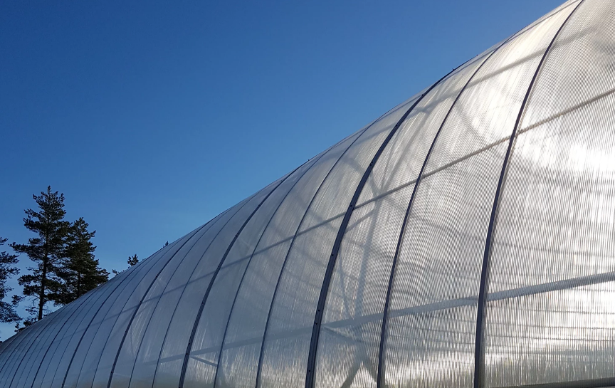 Metallic greenhouse